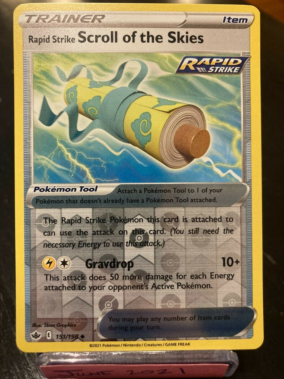 Pokemon TCG    Rapid Strike Scroll of the Skies 151/198   Chilling Reign Reverse