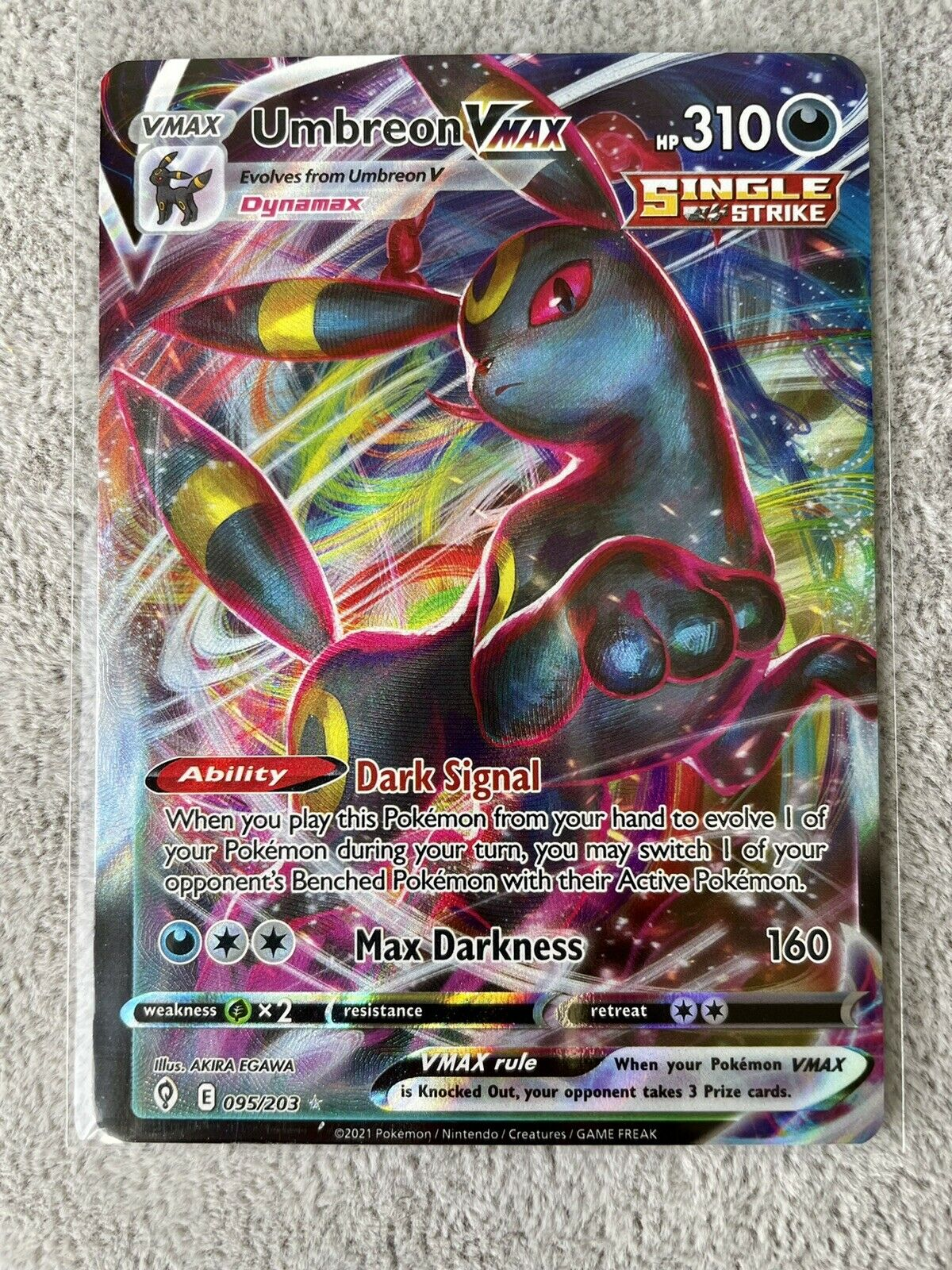 Umbreon VMax 095/203 NM Evolving Skies Pokémon TCG