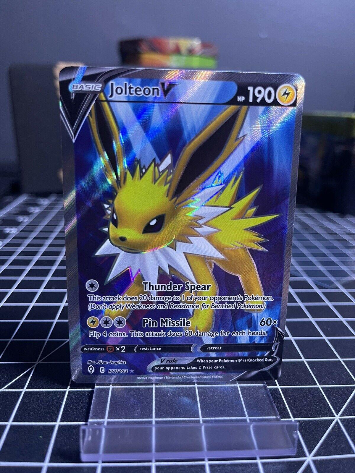 Pokemon Jolteon V Full Art 177/203 Evolving Skies - NM-Mint